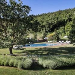 Podere Monti An Elegant Tuscan Farmhouse On A Wine Estate