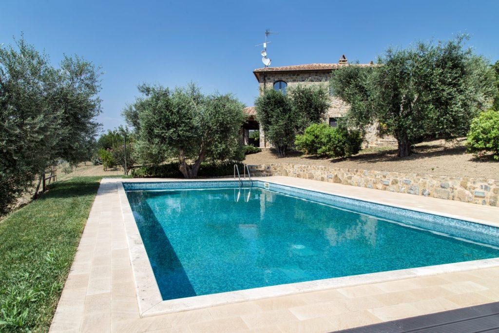 Villa in Seggiano For Rent