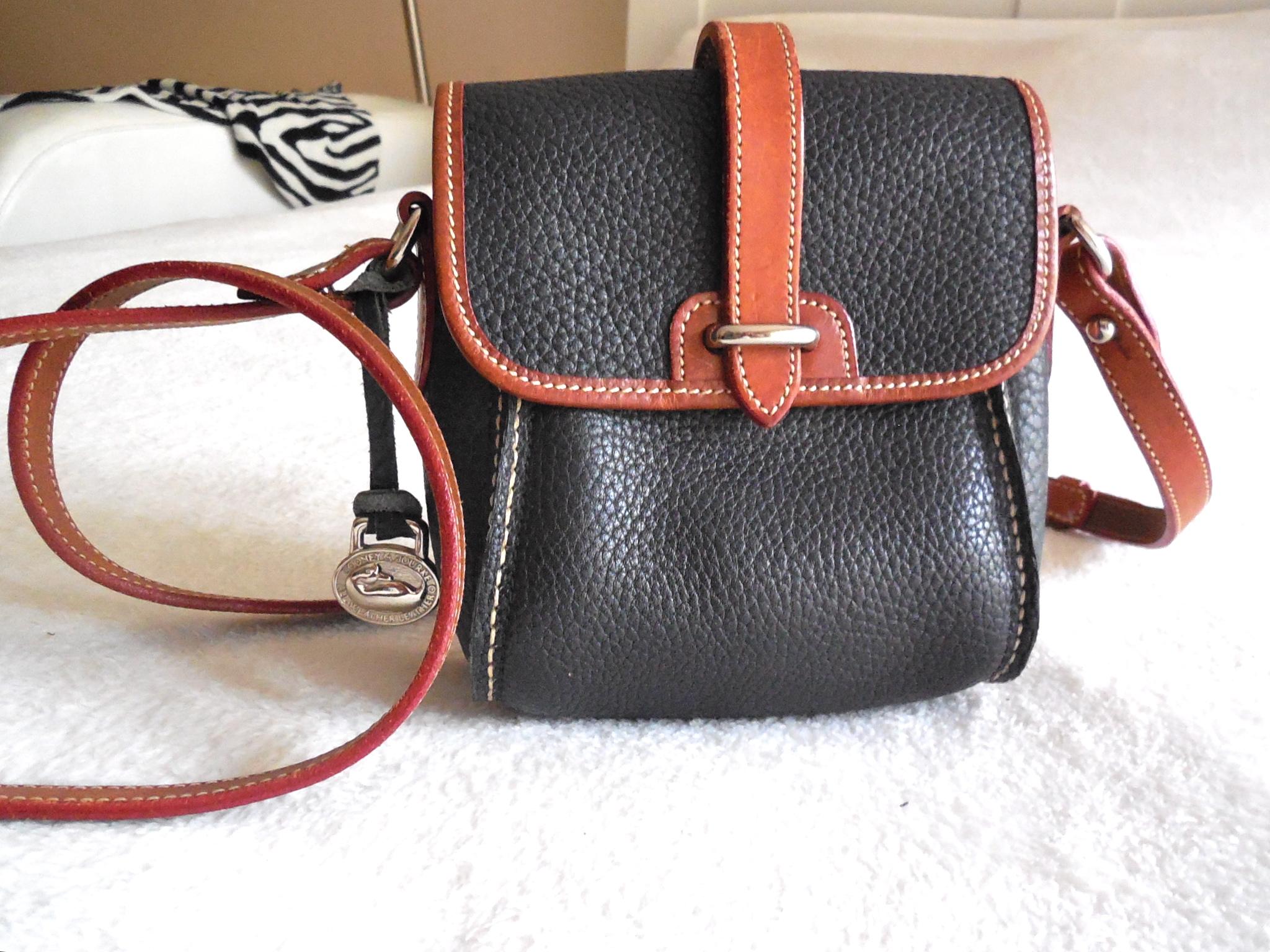 1f0b3b18e Dooney & Bourke Vintage Mini Crossbody Bag - Luxurylana Boutique