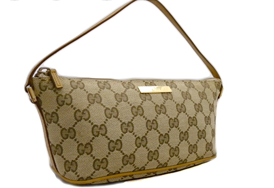0ddcecd14ba4 Gucci GG Pochette - Luxurylana Boutique