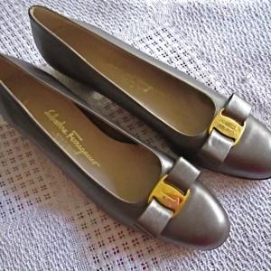 Salvatore Ferragamo Grey Vara Bow Flats