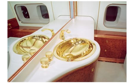 Putins Plane With A Midas Touch