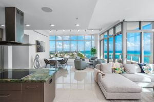 Luxury Neighborhood: Miami Beach