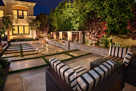 Gorgeous Courtyard Gardens and Patios - Luxury Pools ... on Courtyard Patio Ideas id=34140