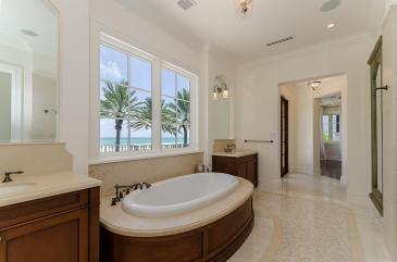 masterbathroom-luxury-villa-rental-miami