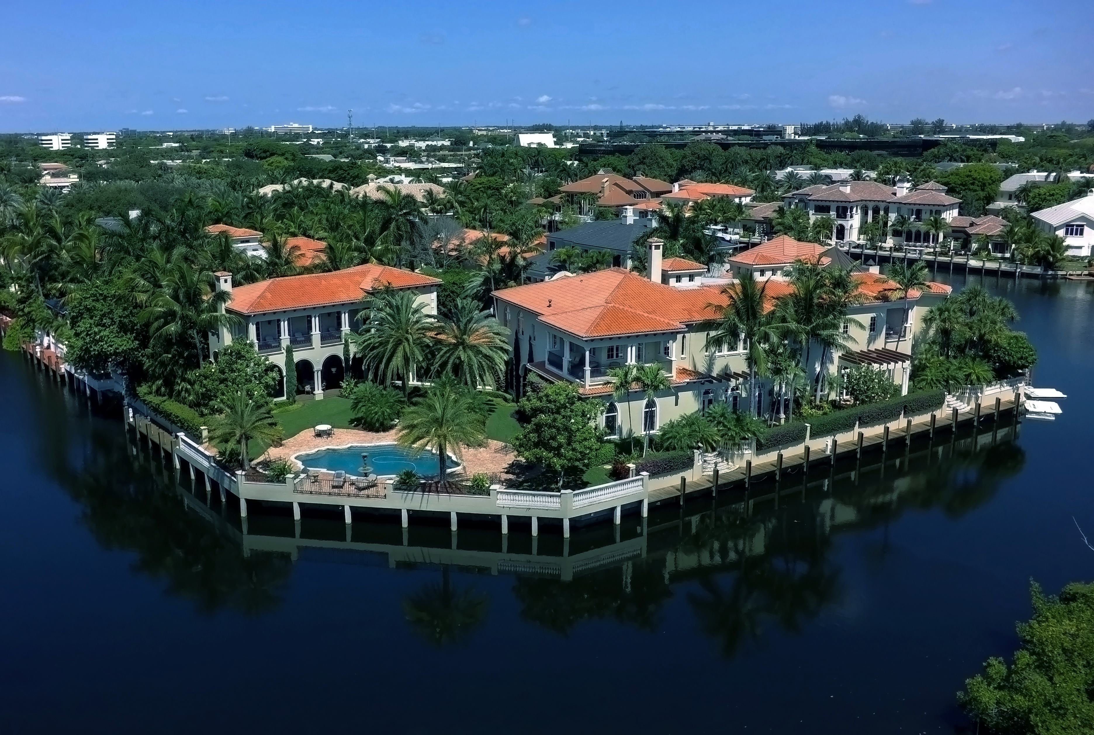 Boca Luxury Realty In Florida