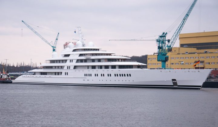 The Top 10 Luxury Yachts You Need to Know luxury yachts The Top 10 Luxury Yachts You Need to Know The Azzam yacht