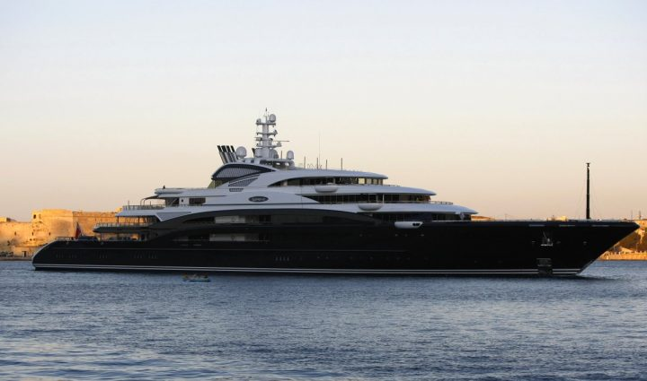 The Top 10 Luxury Yachts You Need to Know luxury yachts The Top 10 Luxury Yachts You Need to Know The Serene Yacht
