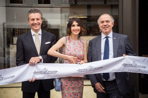 Daniel Riedo CEO Jaeger-LeCoultre, Carice van Houten and Benno Leeser president director Gassan ©Francois Durand Getty Images