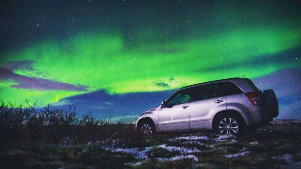 Northern Lights From An Iceland Stopover - Luxury Travel Hacks