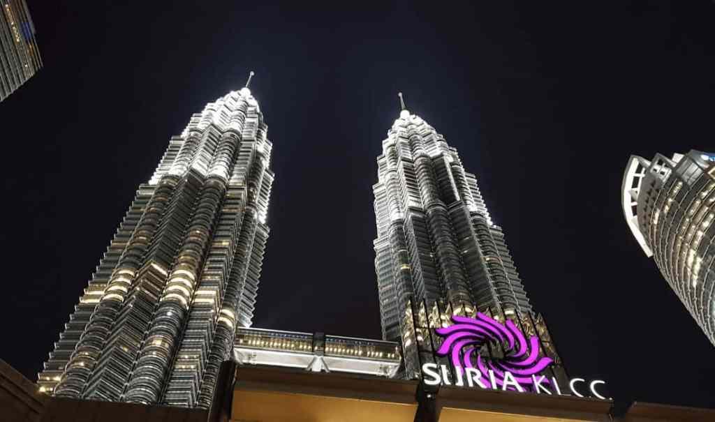 Petronus Towers - Luxury Travel Hacks