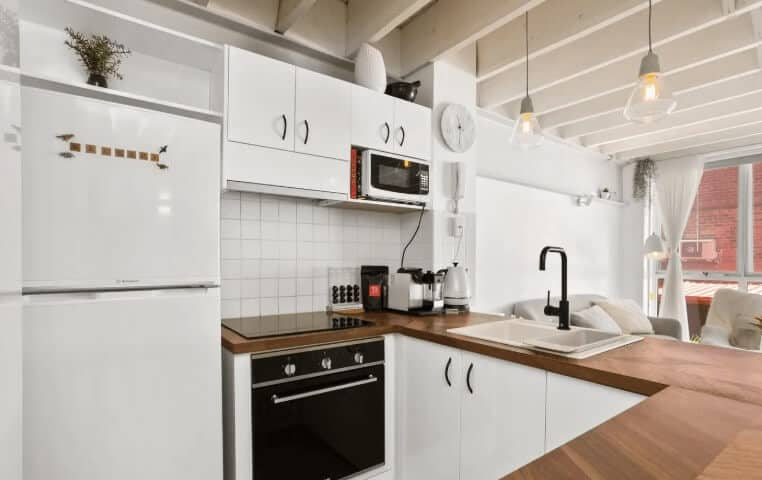 Kitchen - Airbnb Perth Australia - Luxury Travel Hacks
