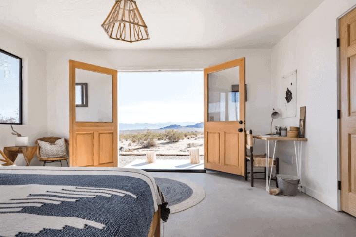 Joshua Tree Wilder Cabin - Best Joshua Tree Airbnb - Luxury Travel Hacks