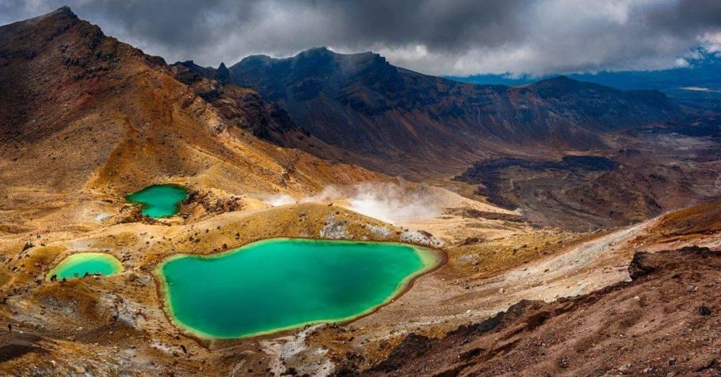 Tongariro Crossing - New Zealand Work Abroad - Luxury Travel Hacks