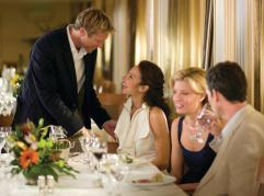 Guests_Dining__The_Restaurant