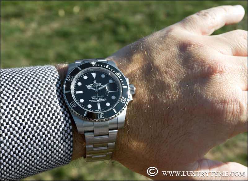 COMPARATIVE REVIEW: The Rolex Submariner 16610 vs  the Rolex