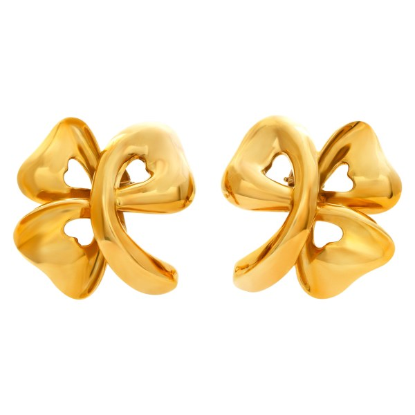 Flower earrings with French style clips in 18k