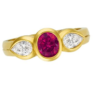 Dazzling 18k yellow gold ring with center ruby app 0.75cts & app. 0.60 cts in diamonds