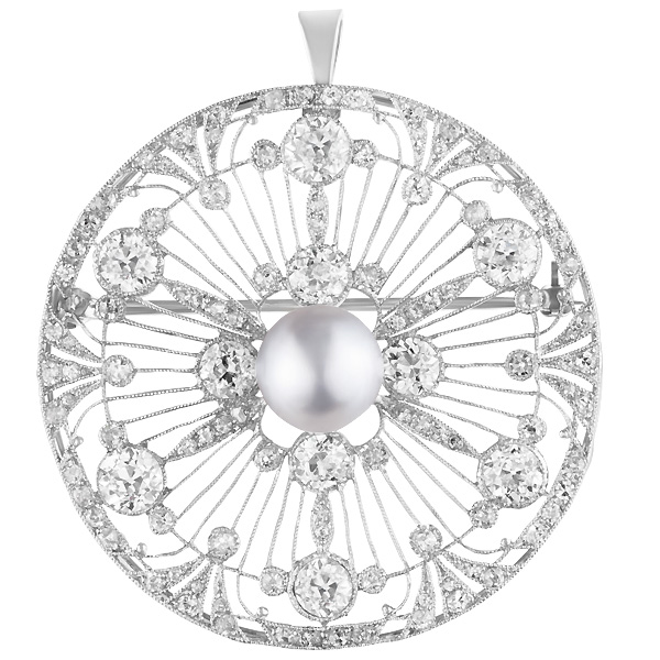 Platinum Diamond Spray pin/pendant. 5.00 carats in european cut diamonds