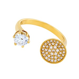 Open ring with white sapphire and diamonds set in 18k gold. 0.29 carats in dia's