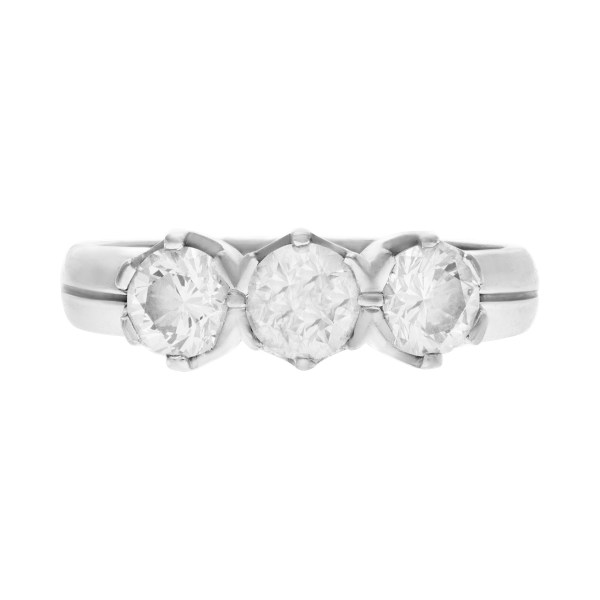 Trinity diamond ring in 18k white gold. 1.25 carats in diamonds. Size 7