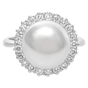 South Sea pearl & diamond ring. 11.6mm pearl, 0.52cts in diamond. Size 6.5