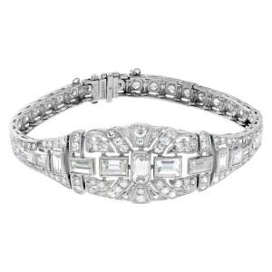 Platinum Art deco diamond bracelet with approx 6.22 carats diamonds.