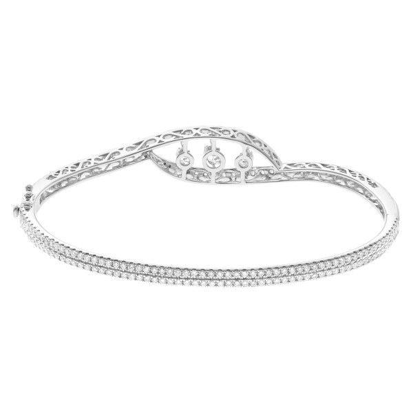 Dancing Diamond Eternity Band and Ring bangle in 18k white gold with 3.14cts in diamonds