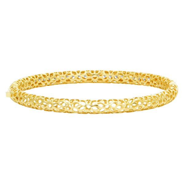 Diamond bangle with 1.47 cts in diamonds (G-H color, VS clarity) set in 18k
