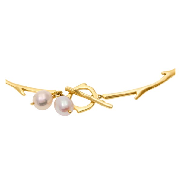 Elegant Iridesse necklace in 18k gold with pearls