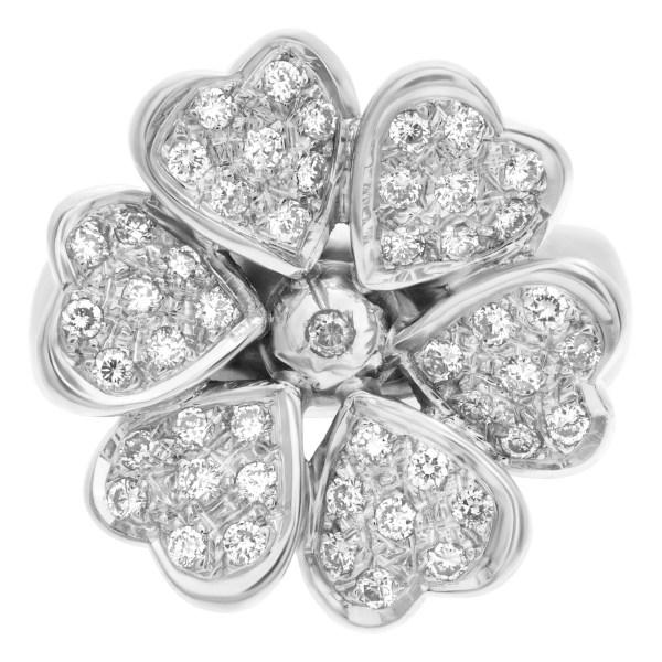Diamond flower ring in 18k white gold