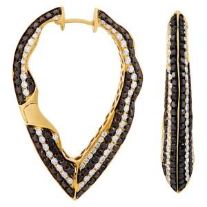 Stunning ladies black & white diamond earrings in 18k gold with 11.10 in diamonds