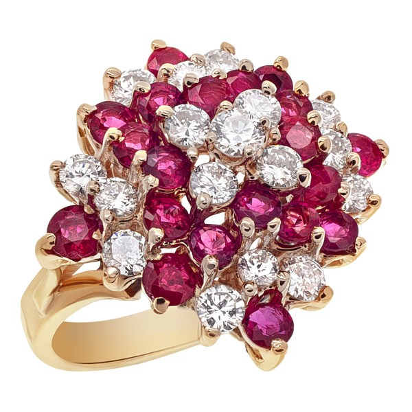 Ruby & diamond cluster ring in 14k yellow gold