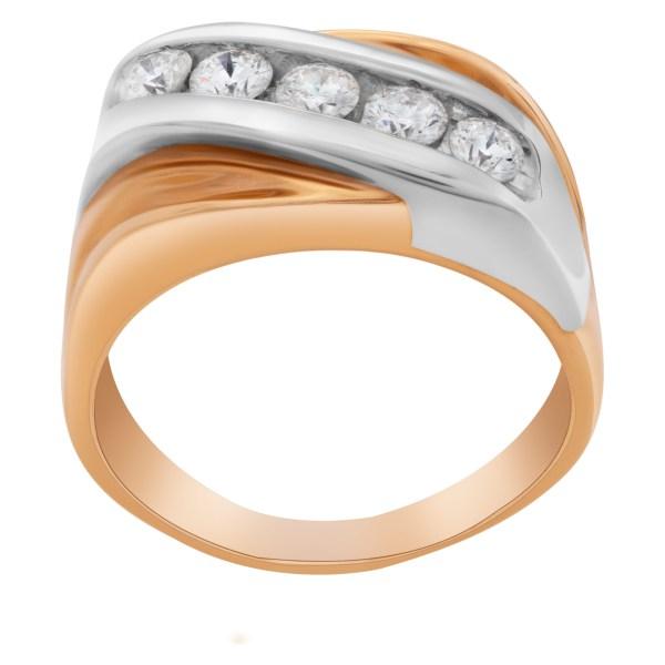 Diagonal diamond ring of 5 diamonds