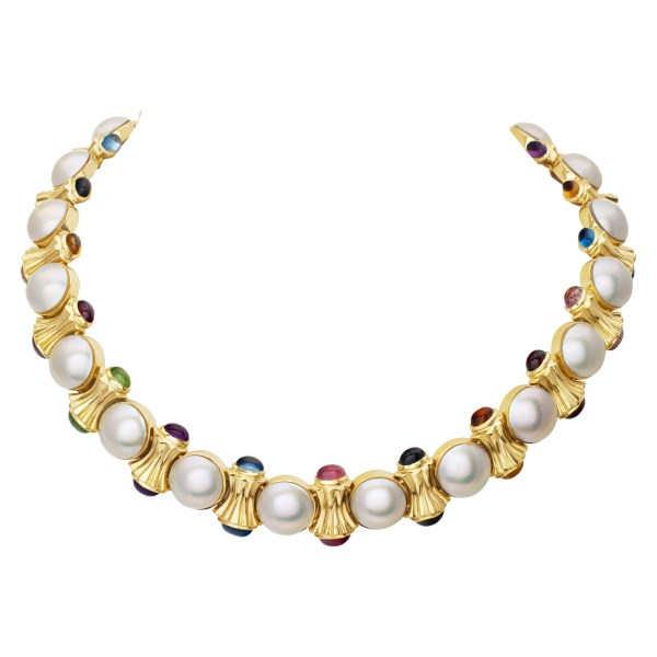 Colorful 14k necklace with 11.5mm Mobe perls and cabochon stone