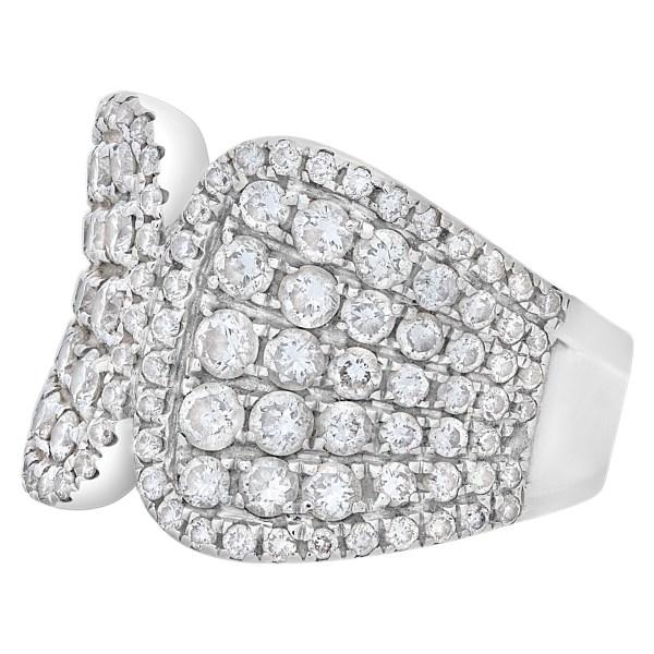 Diamond ring in 14k white gold