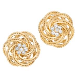 Diamond earrings in 14k