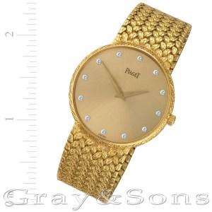 Piaget Dancer 8065 D 2 18k 36mm Quartz watch