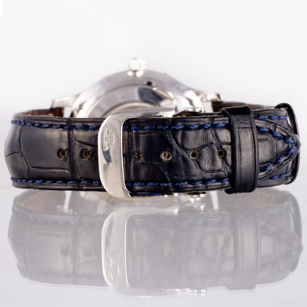 Jaeger LeCoultre Master Control 140.6.98 platinum 37mm auto watch