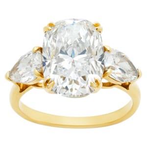 GIA oval brilliant cut 5.03 carat (H color, VS2 clarity) ring