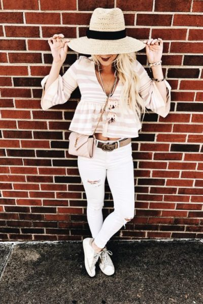 Outfit Ideas and Inspiration for Moms to Dress Stylishly