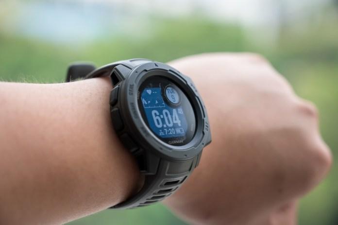 Garmin Instinct Durable watch