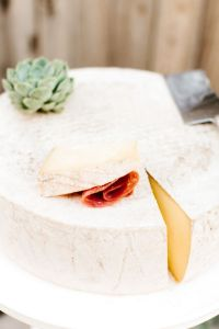 wedding-cheese-wheel-cake-tomkat-studio-2