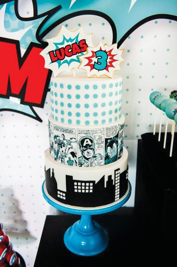 5-comic-book-superhero-cake
