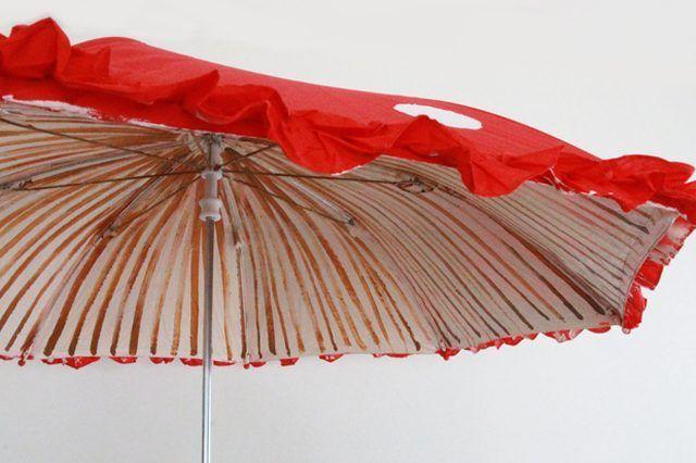 mushroombrellas-gillumbrellaonwhite-ehow