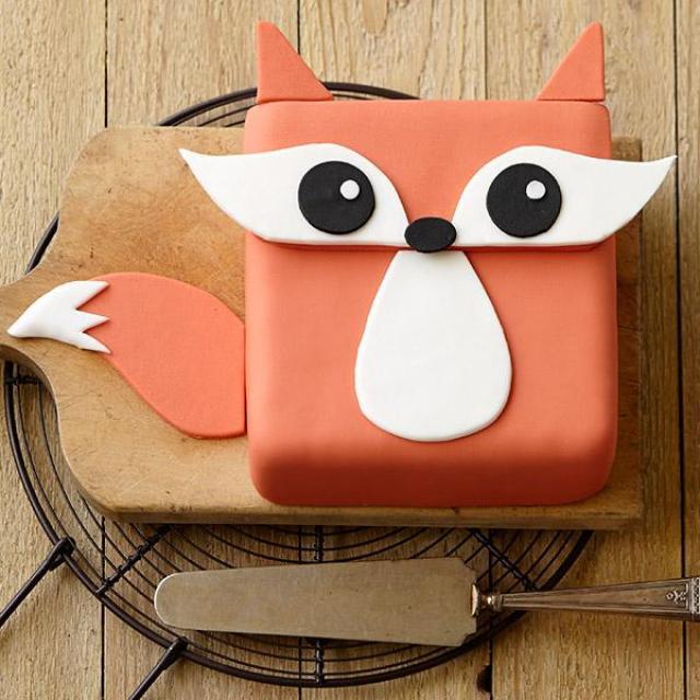 Festive-Fox-Cake-large