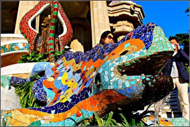 parc-guell-lizard-dragon-barcelona-1024x685