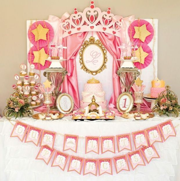 princess-first-birthday-dessert-table