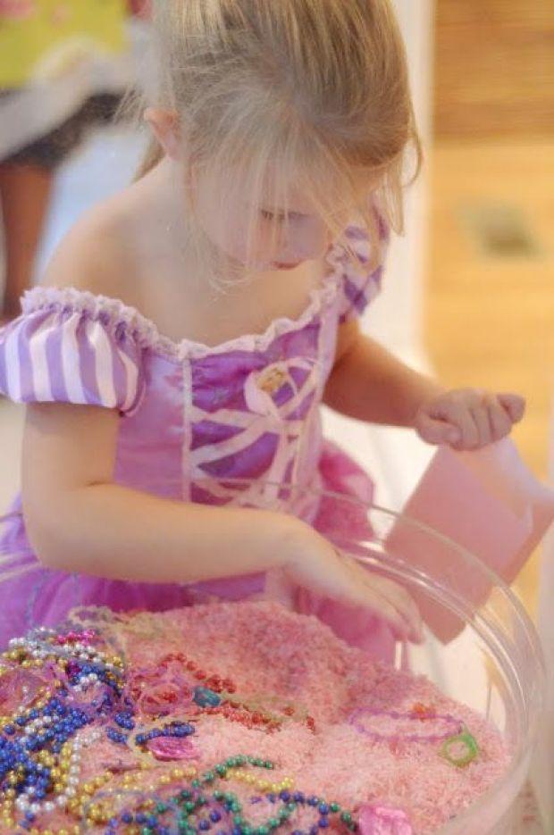 Princess_Jewel_hunting