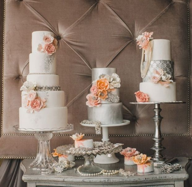 4-Elegant-Dessert-Table-Peach-Silver-2
